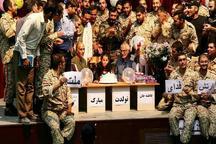 برگزاری جشن تولد در سالن تئاتر شهر برای کودک سیل زده توسط افسران