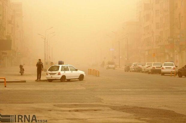 غبار و آلایندههای جوی در سمنان ماندگار است