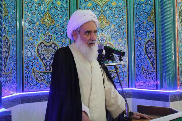 امام جمعه کرمانشاه: نماز جمعه میعادگاهی است که دشمنان از آن هراس دارند