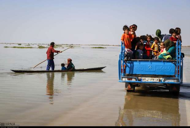 روستاهای سیل زده بخش مرکزی اهواز به اقلام بهداشتی نیاز دارند