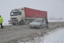 تردد کامیون در گردنه امین الله بجنورد ممنوع شد