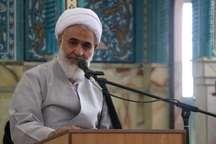امام جمعه قزوین: مبارزه حق علیه باطل تمام شدنی نیست
