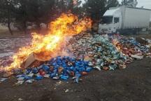 حدود 25 تن مواد غذایی فاسد در بوکان امحا شد