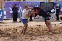 مسابقات انتخابی تیم ملی کشتی ساحلی در آبادان برگزار شد
