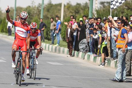 تیم دوچرخه سواری پیشگامان همچنان از سوی تورهای آسیایی دعوت نمی شود