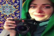 عکاس انگلیسی: اربعین در رسانه های جهان بایکوت شده/ امام حسین عامل ایمان من است/ رسانهها سعی میکنند تا بانوان مسلمان را تحت فشار نشان دهند
