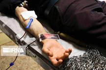 همزمان با تاسوعای حسینی ۱۹۸ سریشآبادی خون اهدا کردند