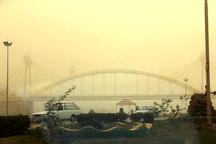 گرد و خاک به سرعت آسمان خوزستان را در می نوردد