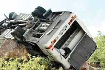 واژگونی اتوبوس در گردنه اسدآباد همدان به خیر گذشت