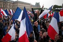 اروپا نفس راحتی کشید/ ماکرون، منجی فرانسه/ فرانسوی ها به ترامپ «نه» گفتند/ لوپن مشروعیت یافت