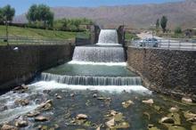 خروجی چشمه لنگان اصفهان71 درصد کاهش یافت