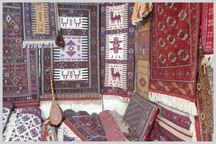 هنرمند خراسان شمالی در نمایشگاه زیراندازهای سنتی برتر شد