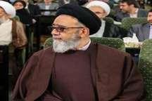 امام جمعه تبریز: باید از دولتی شدن اقتصاد جلوگیری شود
