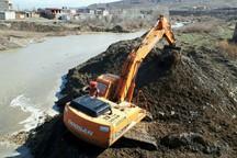 بازگشایی اضطراری 110 کیلومتر از مسیلها و رودخانههای خطرساز آذربایجان شرقی
