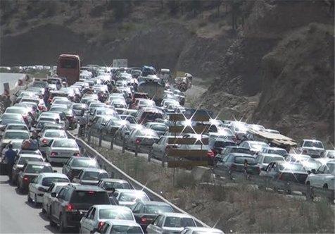 ترافیک نیمه سنگین در مسیر هراز/ شلوغی در جاده تهران-پاکدشت