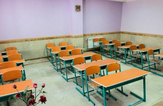 397 کلاس درس برای شروع سال تحصیلی در ابرکوه تجهیز شد