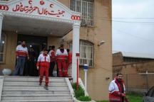 هلال احمر دزفول به هشت نفر گرفتار در سیلاب امدادرسانی کرد