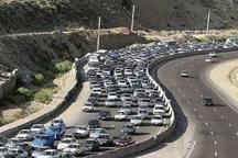 تردد در محورهای مواصلاتی شرق تهران پر حجم است