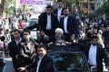 روحانی با استقبال حافظان غیور خلیج فارس وارد ورزشگاه تختی بندرعباس شد