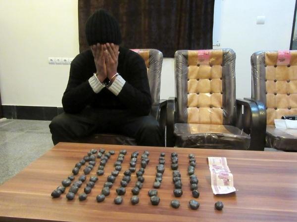 کشف  کیلوگرم مواد محترقه دستساز در بوئین زهرا