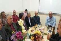 انتقال کتابخانه یکصد هزارجلدی استاد حسن انوشه به مازندران