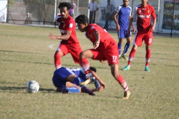 تیم فوتبال امید سپید رود با پنج گل شهرداری انزلی را شکست داد