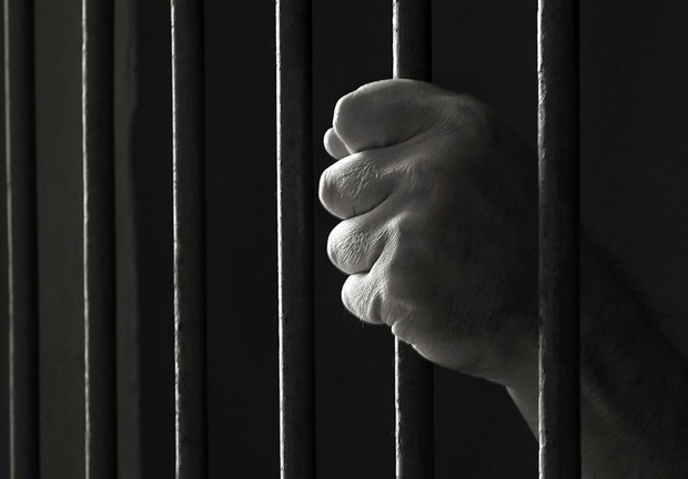 جزئیات خدمات پزشکی به بقایی در زندان