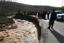 سیلاب و رانش زمین 2 محور استان کرمانشاه را مسدود کرد