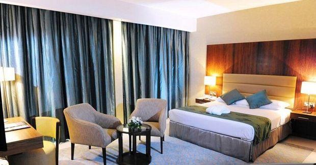 مجوز هتلهای نیمه کاره در قزوین باطل میشود