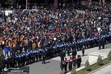 آلبانیایی ها خواستار برکناری دولت شدند+ تصاویر