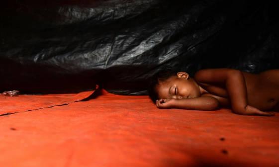 خسته از دنیا+ عکس