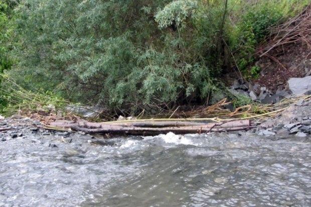 روان آب در رودخانه های بالادست طرقبه جاری شده است