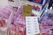 1500 سبد غذایی بین نیازمندان سمیرم توزیع شد