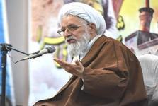 امام جمعه شیراز: جامعه ای که شهادت را پذیراست، عزتش تثبیت شده است