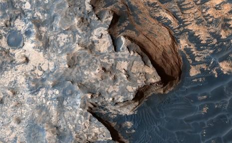 تصویر بسیار زیبایی از مریخ که شبیه سواحل بریتانیاست!