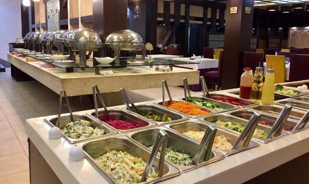 300 ناظر بهداشتی بر رستوران های همدان نظارت دارند