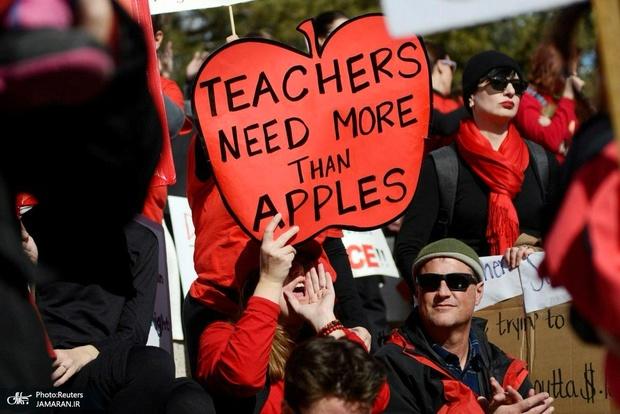 عکس/ ادامه اعتصاب معلمان آمریکایی