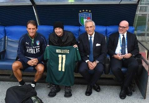 میهایلوویچ میهمان تمرینات تیم ملی فوتبال ایتالیا + عکس