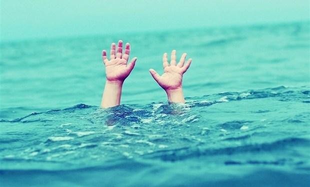 جوان فلاورجانی در استخر آب غرق شد
