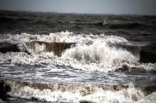 خزر توفانی است  ماهیگیران گلستانی هوشیار باشند