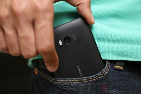 گوشی های لومیا از آذرماه به ویندوز ۱۰ به روز رسانی میشوند
