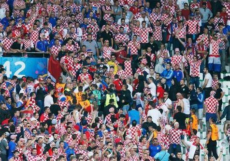 احتمال کسر امتیاز از کرواسی به دلیل آشوب هوادارانش