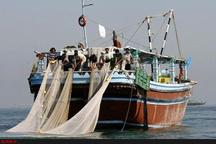 نجات جان ٧ صیاد در آبهای دریای عمان  توصیه به صیادان برای توجه به هشدارهای هواشناسی