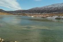 سد خاکی 'نصیر آباد' دشت زری  کوهرنگ یخ زد