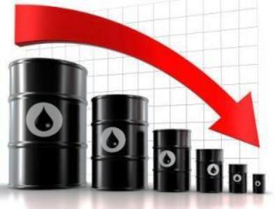 سقوط قیمت نفت به زیر 50 دلار