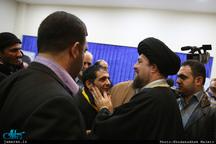 دیدار جمعیت «طلوع بی نشان ها» با سید حسن خمینی
