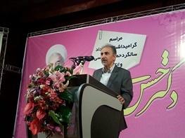 محمد علی نجفی: صحبتهای احمدی نژاد نتیجه ایده آلیزم ناشی از توهم بود