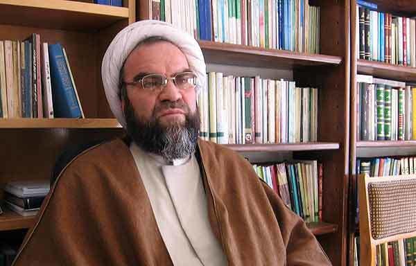 محسن غرویان:امام همه جناحها را میدیدند و از توان  آنها استفاده میکردند