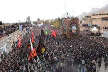آیین سنتی نخل برداری در تفت برگزار شد