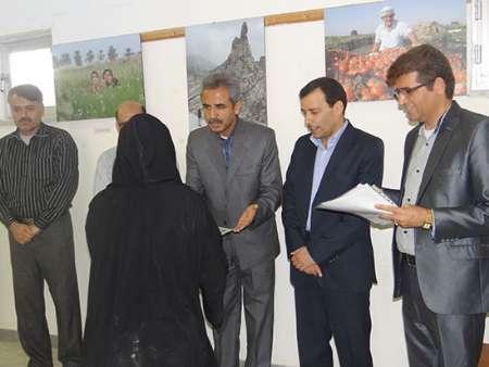 نمایشگاه عکس و پوستر با موضوع عفاف و حجاب در خورموج بوشهرگشایش یافت